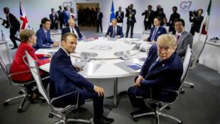 Emmanuel Macron, Donald Trump et les autres leaders du G7, le 25 août 2019, à Biarritz.