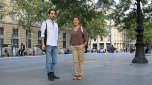 Ali et Husnia, place de la République à Paris.
