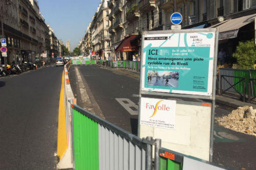 Paris officials have blamed the local prefecture for delaying bicyle lanes, like this one on Rue de Rivoli.