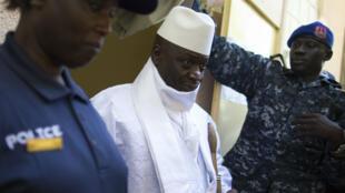 """Le président Yahya Jammeh est considéré comme un """"prédateur de la presse"""" par  Reporter sans frontière."""