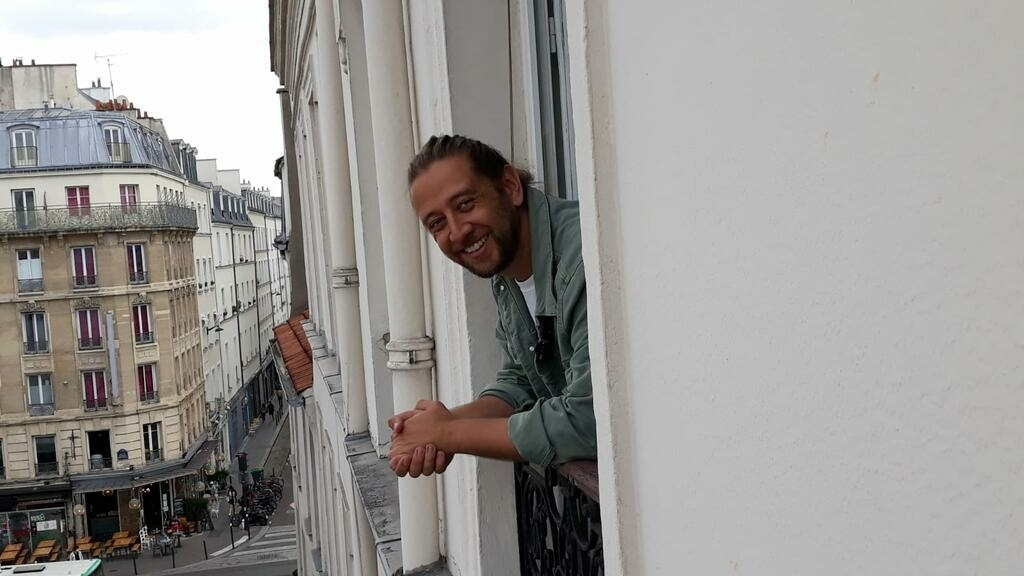 People of the pandemic: A Parisian balcony lockdown quiz show goes global