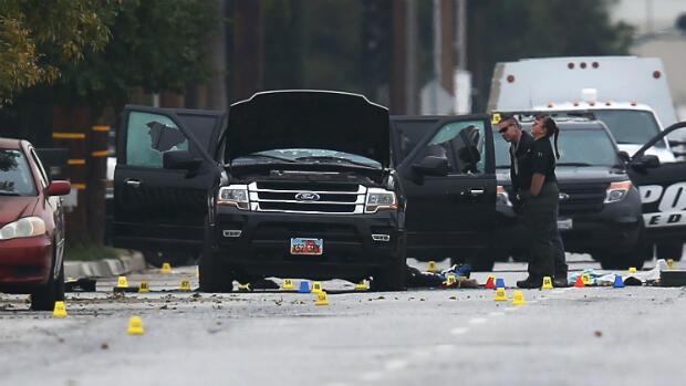 La voiture dans laquelle Syed Farook et Tashfeen Malik ont été tués après des échanges de tir nourris avec la police.