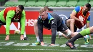 Dan Leavy, au centre, lors d'un entraînement avec le XV d'Irlande à Melbourne, le 15 juin 2018, à la veille du test contre l'Australie