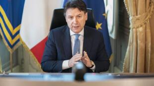Le président du Conseil italien, Giuseppe Conte, lors d'une vidéoconférence, le 23 avril 2020 à Rome.