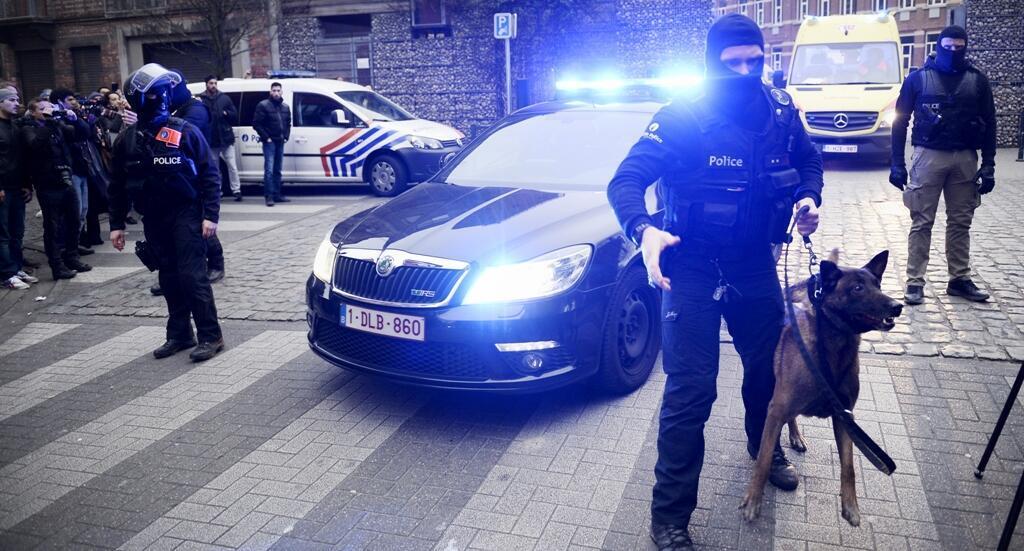 Des policiers belges à Molenbeek, vendredi 18 mars, jour de l'arrestation de Salah Abdeslam
