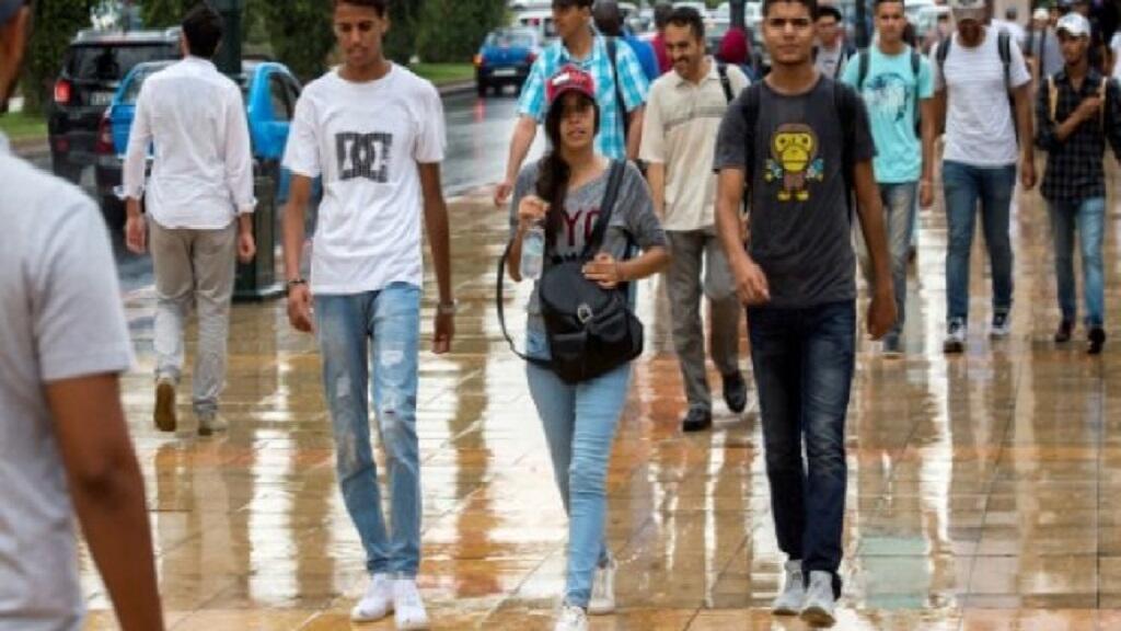 شبان مغاربة في الرباط في 12 أيلول/سبتمبر 2018.