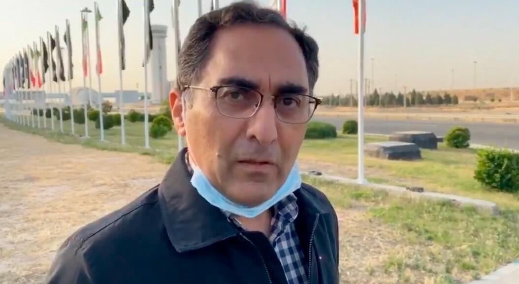 Una captura de video entregada por la televisión estatal iraní IRIB, que muestra al científico iraní, Sirous Asgari hablando con los medios de televisión después de ser liberado por Estados Unidos y llegar al aeropuerto internacional Imam Khomeini en Teherán, Irán, el 4 de junio de 2020.