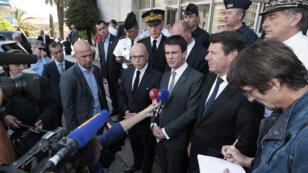 Manuel Valls a effectué une visite surprise à Menton, dans les Alpes-Maritimes, samedi 16 mai 2015.