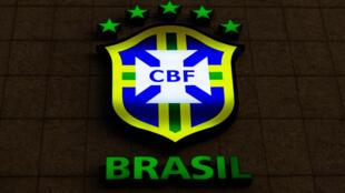 Le logo de la Confédération brésilienne de football le 8 juin 2015 à Rio de Janeiro (Brésil)