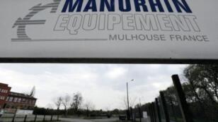 مدخل شركة مانوران الفرنسية لإنتاج أجهزة صنع الذخائر في مولوز بشرق فرنسا في 15 نيسان/أبريل 2010