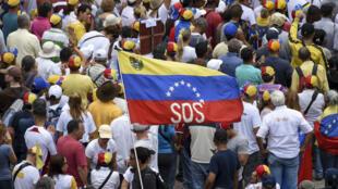 Des supporters de l'opposant Juan Guaido lors d'une manifestation à Caracas, le 11 mai 2019.
