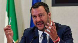 Le ministre italien de l'Intérieur et chef de la Ligue, Matteo Salvini, lors d'une conférence de presse à Rome le 15juillet2019.
