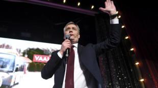 Le patron du parti social-démocrate finlandais, Antti Rinne, le 14 avril 2019, célébrant sa victoire aux élections législatives.