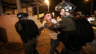 2021-04-24T214312Z_1850185036_RC2L2N9Q1D2K_RTRMADP_3_ISRAEL-PALESTINIANS-PROTESTS