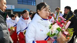 L'arrivée des joueuses nord-coréennes au centre national d'entraînement sud-coréen de Jincheon, le 25 janvier 2018.