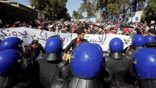 مظاهرة للطلاب في مدينة الجزائر العاصمة الأحد 3 مارس/أذار