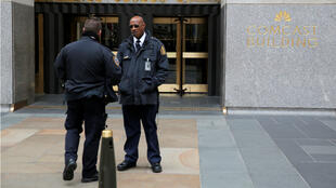 La policía y la seguridad se trasladaron a la sede del 30 Rockefeller Plaza, lugar dende se encuentra la oficina del abogado del presidente estadounidense Donald Trump, Michael Cohen. Abril 9 de 2018