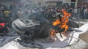 السيارة التي استقلها أحد قادة حماس قبل مقتله بصاروخ إسرائيلي