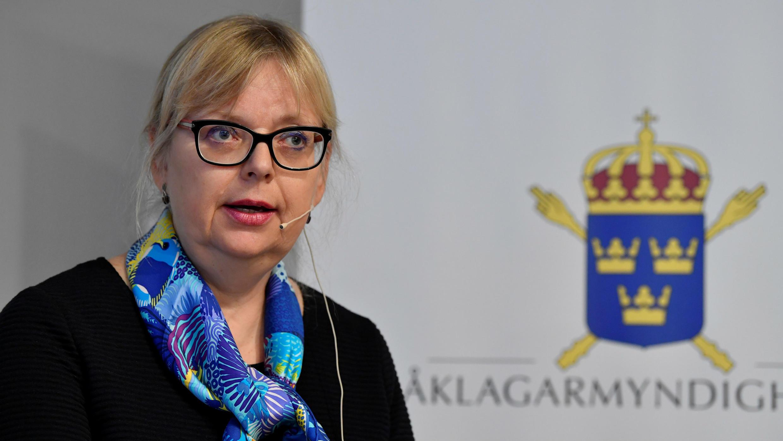 La fiscal superior sueca, Eva-Marie Persson, anuncia el cierre de la investigación preliminar por un caso de presunta violación contra Julian Assange, en Estocolmo, el 19 de noviembre de 2019.