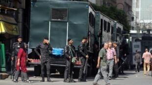 قوات أمن مصرية في ميدان رمسيس وسط القاهرة.