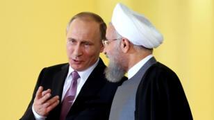 Le président russe Vladimir Poutine et son homologue iranien Hassan Rohani, photographiés en 2015.
