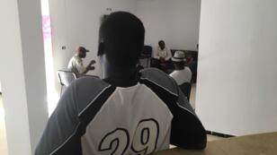 Après être restés six ans dans le camp de La Choucha, les 35 migrants résident depuis 2017 dans un centre de La Marsa, station balnéaire proche de Tunis.