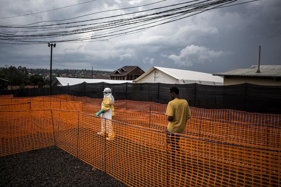 Devant un centre de soins à Bunia, dans l'est de la République démocratique du Congo, le 7novembre2018.
