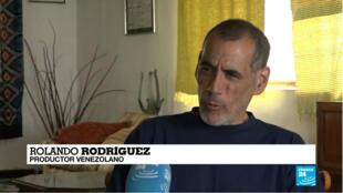 Rolando Rodriguez étaient aux côtés de Pierre Caillé et Baptiste des Monstiers, les deux journalistes de Quotidien, lors de leur arrestation.