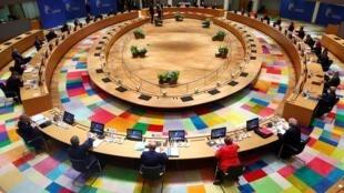 مشهد عام لقمة القادة الأوروبيين في بروكسل الجمعة 17 تموز/يوليو 2020