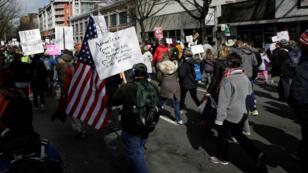 Un grupo de jóvenes durante la marcha por la vida que se llevó a cabo en Washington el 24 de marzo de 2018.