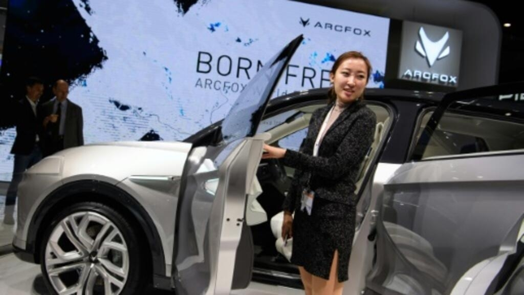 Geneva Auto Sales >> Chinese Carmakers Show Goods In Geneva As Sales Tank At Home