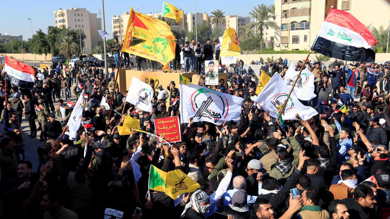 Resultado de imagem para iraq protest against us