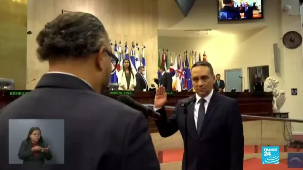 2021-05-03 01:05 EE. UU. preocupada por destitución de magistrados y fiscal en El Salvador