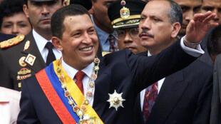 Hugo Chávez Frías el día de su primera poseción como presidente de Venezuela el 2 de febrero de 1998 en Caracas.