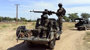 Des soldats camerounais en patrouille dans le nord du Cameroun, en novembre 2014.