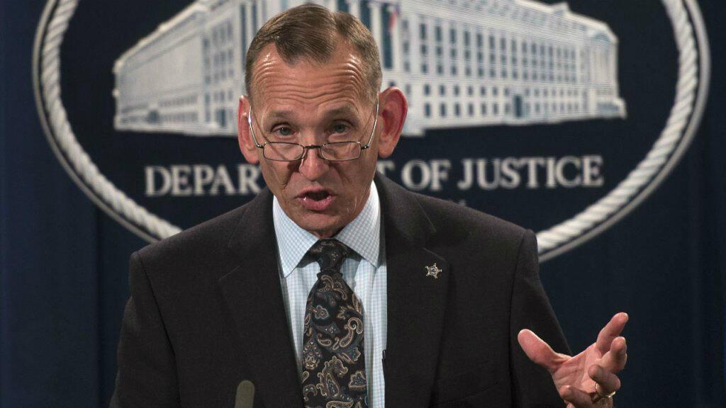 El director del Servicio Secreto de Estados Unidos, Randolph Alles, da una conferencia de prensa en Washington D. C., el 26 de octubre de 2018.