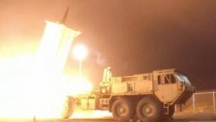 السعودية تعترض صورايخ أطلقها الحوثيون على أراضيها