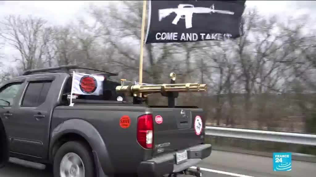 A convoy of pro-gun advocates on a Virginia highway.