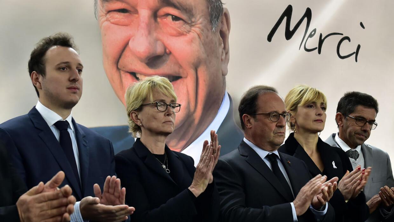 فرنسا: أهالي منطقة لاكوريز يقيمون مراسم تكريم أخير للرئيس الراحل جاك شيراك