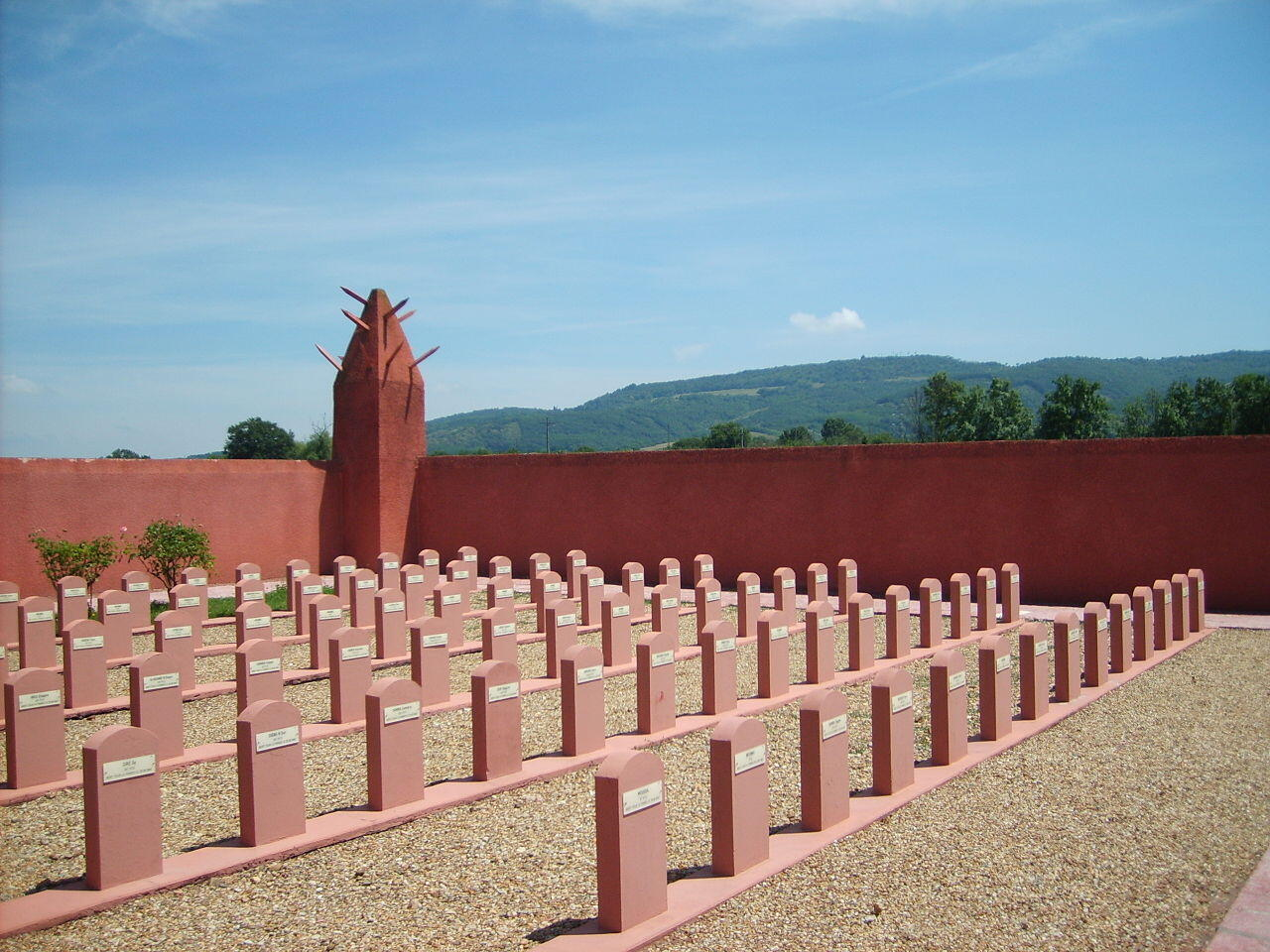 The graveyard inside the tata at Chasselay.