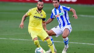 Santi Cazorla will leave Villarreal at the end of the season.