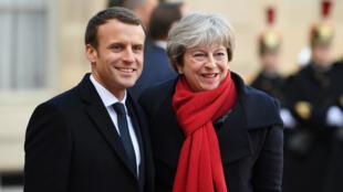 Emmanuel Macron et Theresa May, le 12 décembre 2017, à l'Élysée.