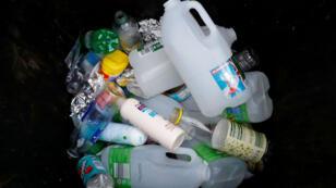 Greenpeace México asegura que una persona utiliza cerca de 650 bolsas de plástico en este país al año. Archivo.