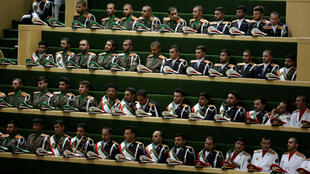 Les forces armées iraniennes assistaient à l'investiture d'Hassan Rohani au Parlement le 5 août.
