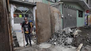Fotografía fechada el 10 de septiembre de 2019, que muestra a Hermilio Baltazar, damnificado de la zona de Iztapalapa, en Ciudad de México (México).