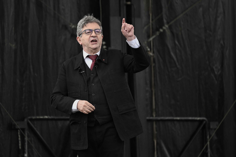 Le chef des Insoumis et candidat LFI à la présidentielle de 2022 Jean-Luc Mélenchon en meeting à Aubin, dans l'Aveyron, le 16 mai 2021
