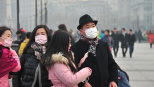 Le 30 janvier 2018, à Shanghai, les habitants ont fait face à un brouillard de pollution.