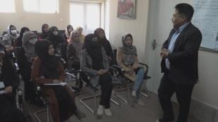 XX NW OOV FREEZE ECRAN FOCUS AFGHANISTAN SUCCES PSYCHOLOGUES
