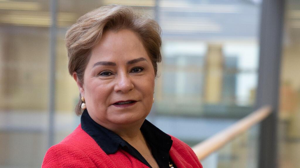 """Patricia Espinosa dijo que el informe de síntesis dejaba claro que """"los niveles actuales de ambición climática están muy lejos de poner a las naciones en la senda"""" para cumplir el objetivo de 1,5 grados."""