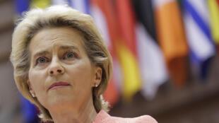 رئيسة المفوضية الأوروبية أورسولا فون دير لاين تلقي كلمة حول حال الاتحاد الأوروبي  أمام النواب الأوروبيين في 16 أيلول/سبتمبر 20202 في بروكسل